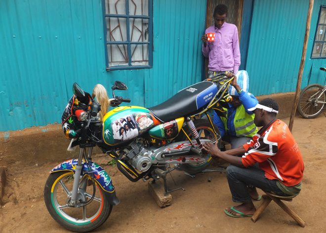 safarisimbaz-motorbike-repair-technician