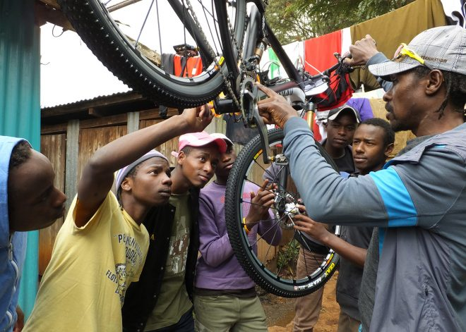 bike-repair-safarisimbaz